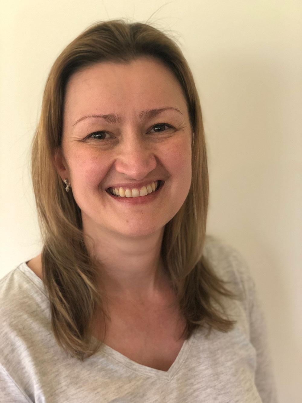 Dr Melissa Cave